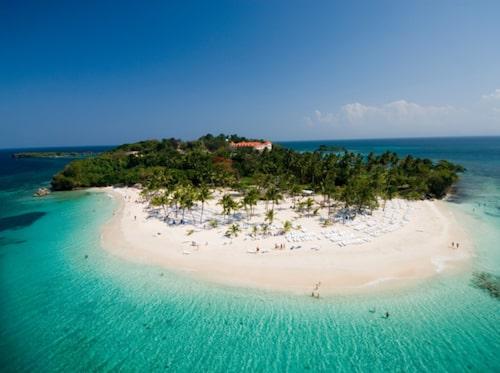Ön Cayo Levantado i Samaná-bukten på Dominikanska republiken.