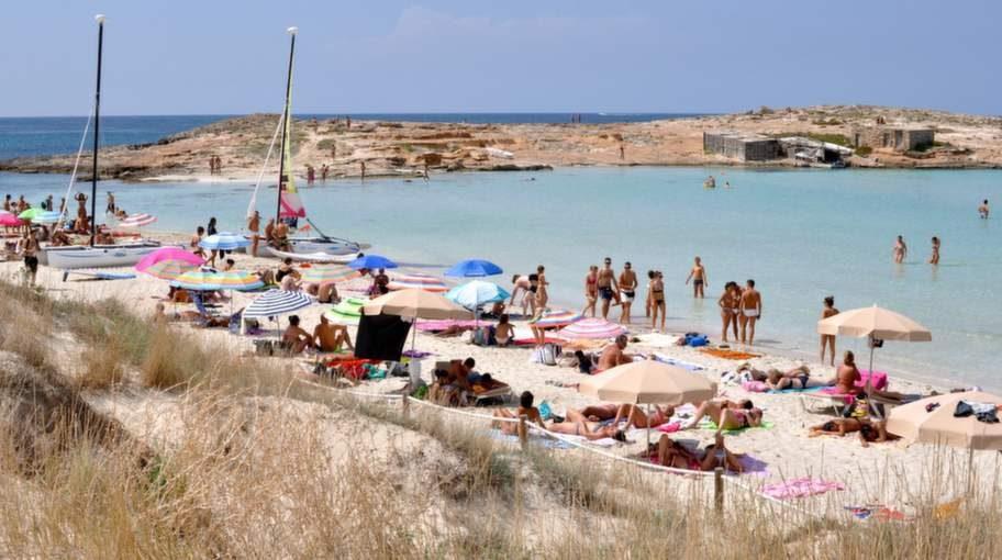 Playa de Ses Illetes, FORMENTERA.