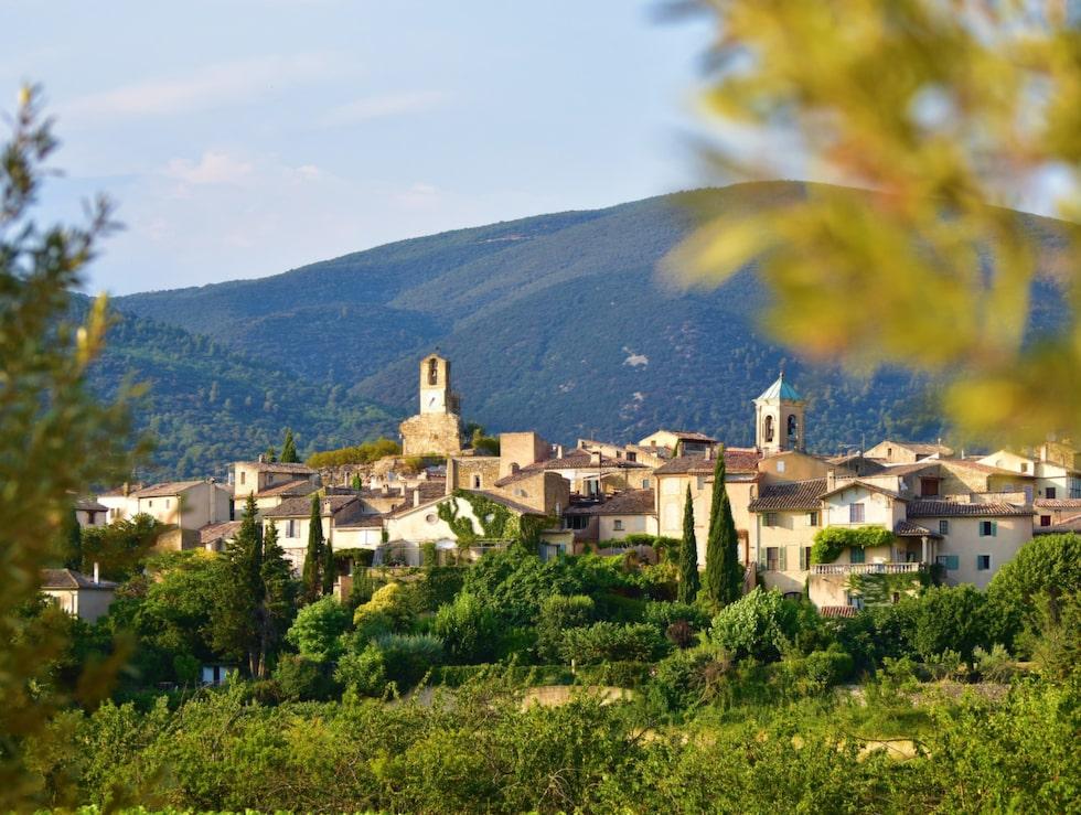 Lourmarin i Luberondalen har huserat författare som Henri Bosco och Albert Camus.