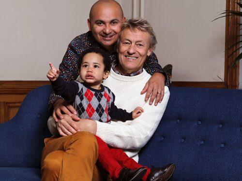 """Till vardags bor Lars med sin make Manoel """"Junior"""" Marques, 38 i Värmland och förra sommaren fick de sonen Rafael från Brasilien."""