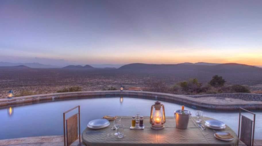 Saruni Samburu, Kenya. Simma längder i sällskap av Mount Kenya och över 80 000 hektar ödemark på denna lyxiga safaricamp. Ligger i Kalama Conservancy i närheten av nationalreservatet Samburu.