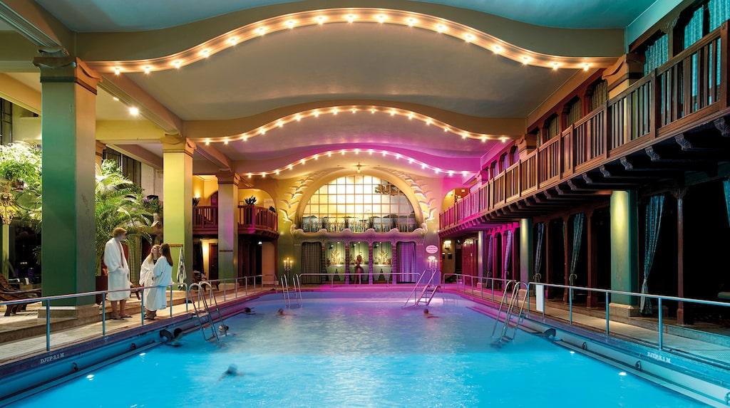 Centralbadet, klassiskt spa mitt i Stockholm.