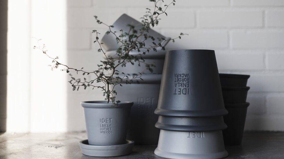 Ernst Kirchsteigers nya vårkollektion för hemmet. Krukor i keramik 289 kronor styck.