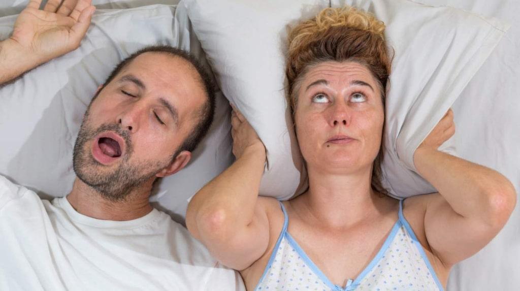 <p>Ny forskning visar även att man har sett ett samband mellan sömnapné och hjärtproblem.</p>
