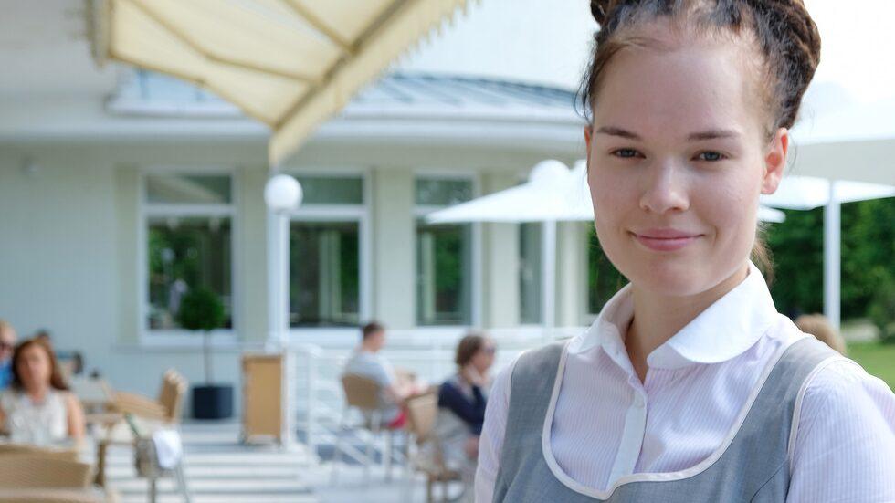 Rannahotell ligger direkt vid stranden i Pärnu och serverar mat med ambitioner.