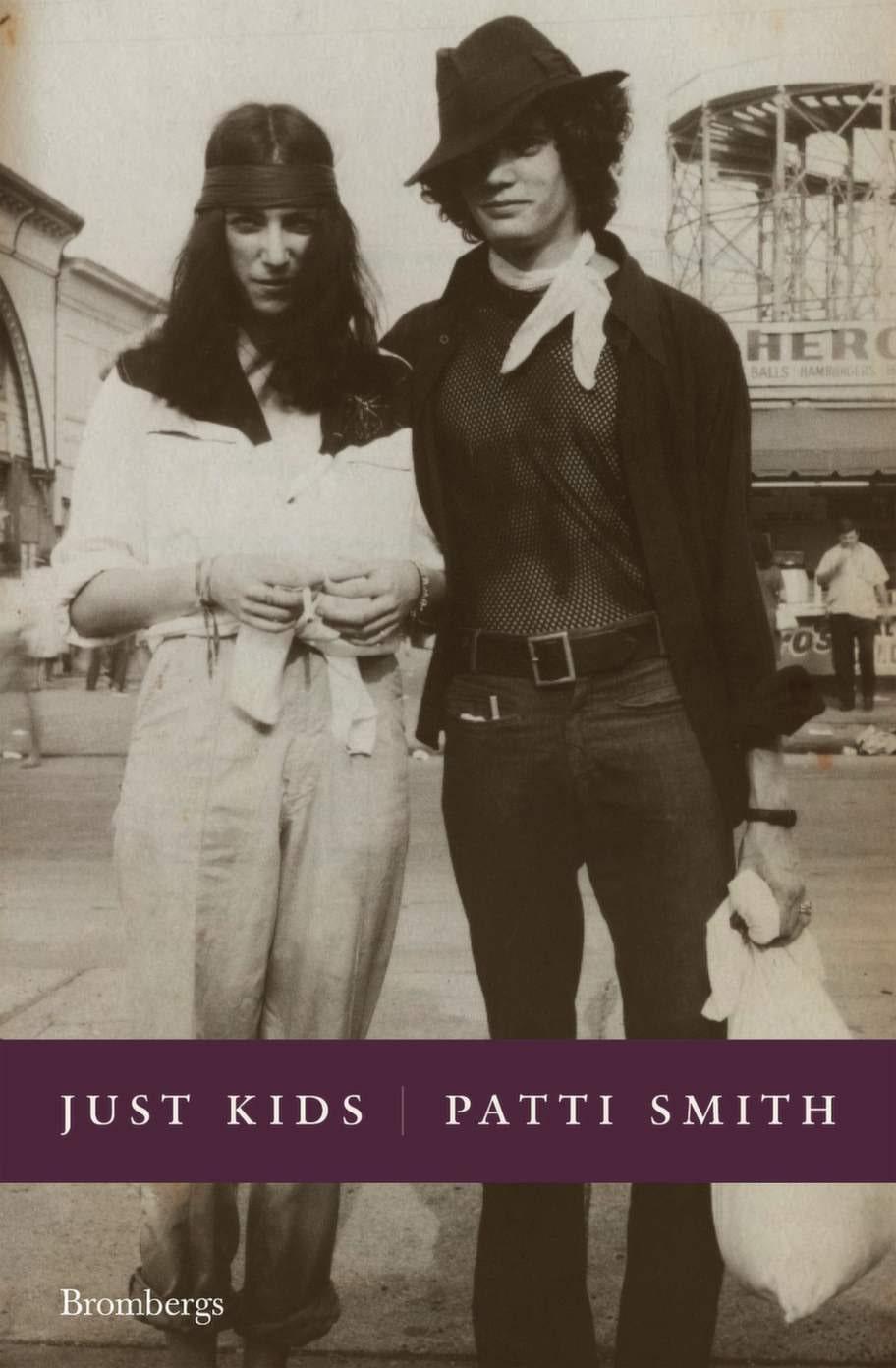 Just Kids av Patti Smith, BrombergsEn sirligt och vackert skriven biografi som beskriver artisten och poeten Patti Smiths liv tillsammans med sin själsfrände Robert Mapplethorpe. Ger en stilla och långsam läsupplevelse som både stressar av och väcker skaparlust.