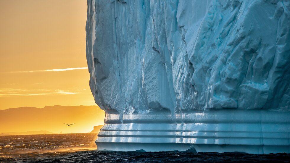Ny forskning visar att en miljard ton is smälter på Grönland – varje dag.