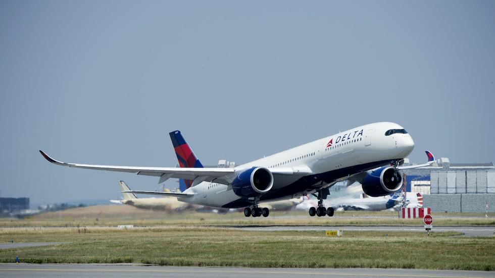 Flying-V har mindre luftmotstånd och är lättare än en A350, vilket gör att den drar mindre bränsle.