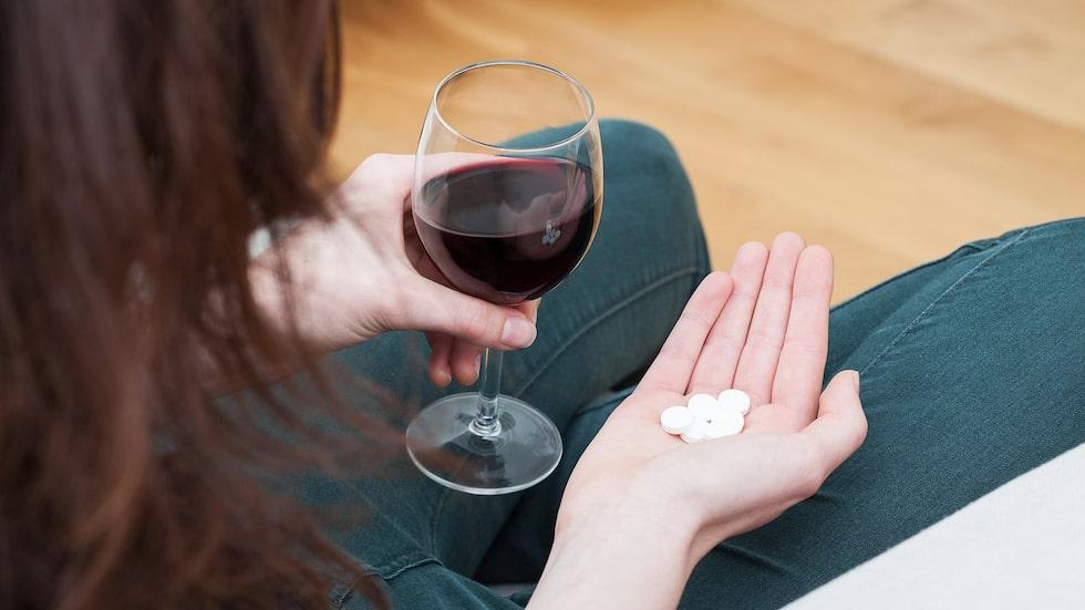 """""""Mitt självförtroende var i botten och jag började dricka och ta lugnande tabletter för att stå ut med mig själv."""""""