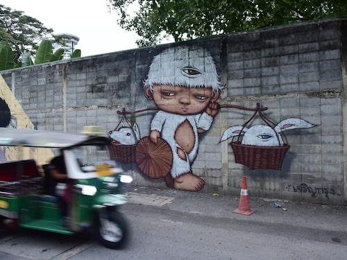 Gatukonsten i Bangkok syns allt mer.
