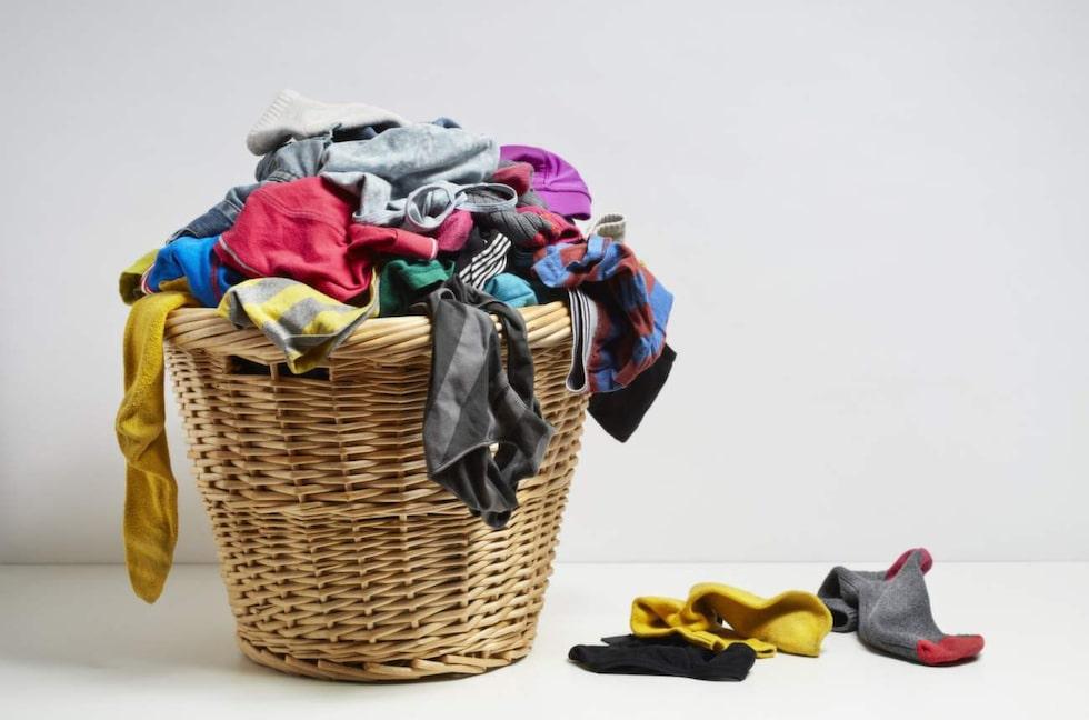 Alla kan nog känna igen känslan av en enorm tvätthög som tvättas –för att sedan minskas. En strumpa förvinner alltid spårlöst.