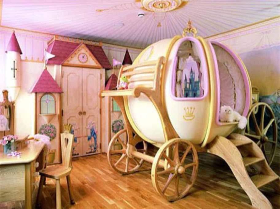 Att sova i Askungens vagn varje natt låter väl kul? Inte? Mardrömmar om att bli fångad i en pumpa säger du?
