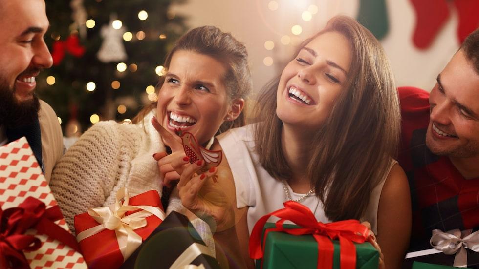 Julklappslekar på jul blir mer och mer populära. Och de är riktigt roliga! Är ni oense om reglerna – kolla här!