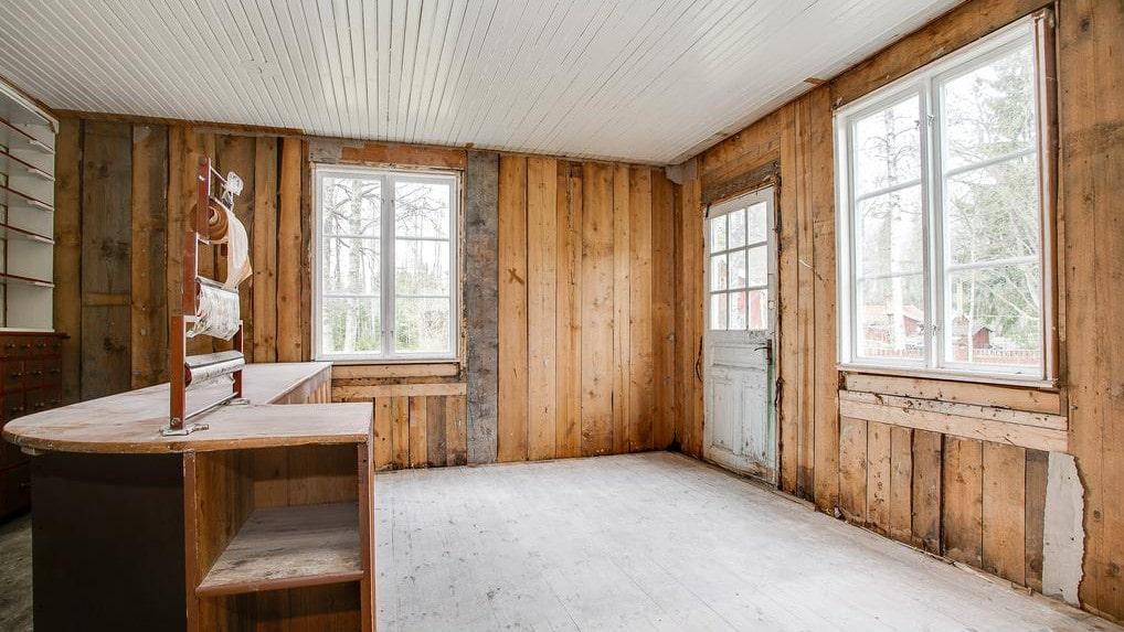 Utöver lanthandeln fanns det ytterligare tio rum på 240 kvadratmeter.