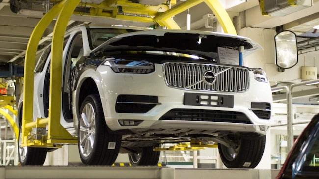 Volvo har tredubblat sin vinst – och nu ska alla anställda belönas med en bonus.