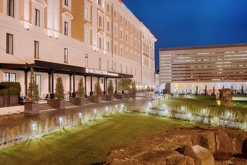 Hotel Palazzo Cinquecento ligger strax intill centralstationen Termini.