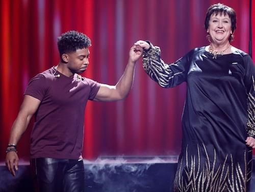 "Babben Larsson framförde sin version av John Lundviks vinnarlåt ""Too late for love"" under årets Melodifestival."