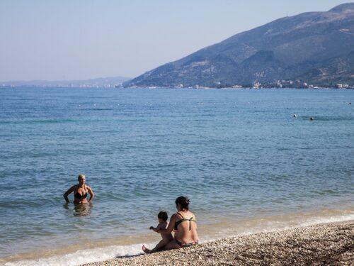 Vloras Riviera ser färre västerländska turister än några andra stränder i Albanien.