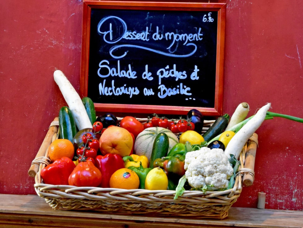 Nästan alla restauranger i Provence baserar menyn på lokala råvaror.