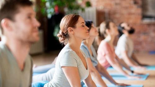 Yoga som lindring för PMS – sanning eller myt?