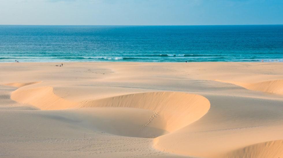 Sanddyner vid Praia de Chaves i Boavista.