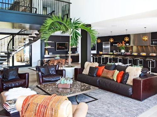 En vacker och modern villa i kända Malibu – med panoramavy över havet.