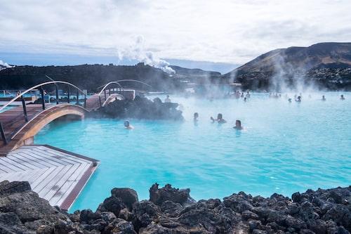 Island bjuder på dramatisk och storslagen natur var du än befinner dig.
