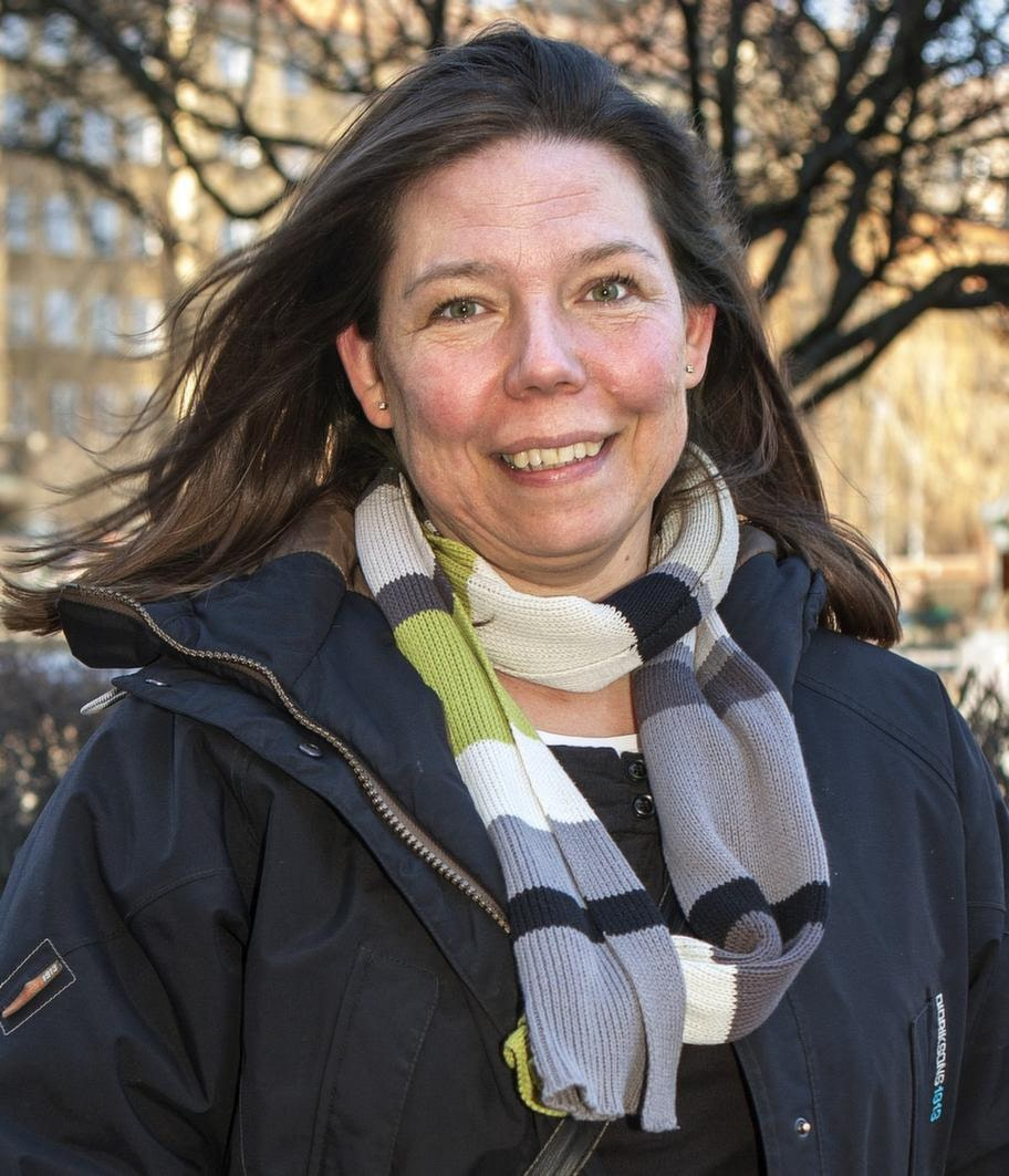 Helena Ölander, 43, Stockholm, personalvetare:- Jag dras till ögonen, det är där man ser in i folks själ och ser om det finns intresse.