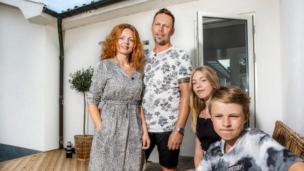 """I SVT:s """"Husdrömmar"""" kunde vi följa hur familjen Englund renoverade 50-talsvillan i Mellbystrand. Nu ligger huset ute till försäljning."""