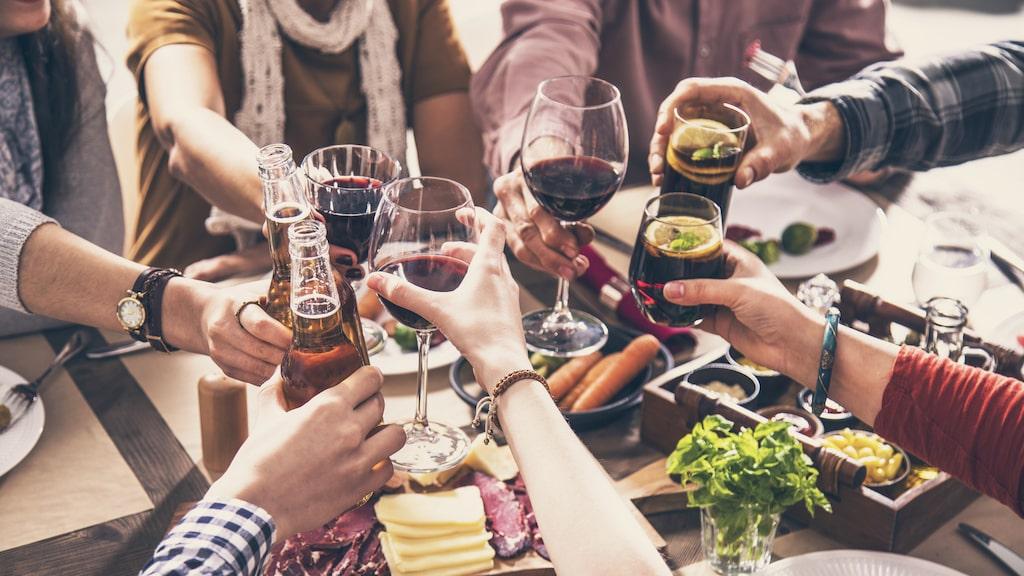 Vi har plockat ut 5 stycken flaskor med alkoholfria alternativt till öl, vin och bubbel.