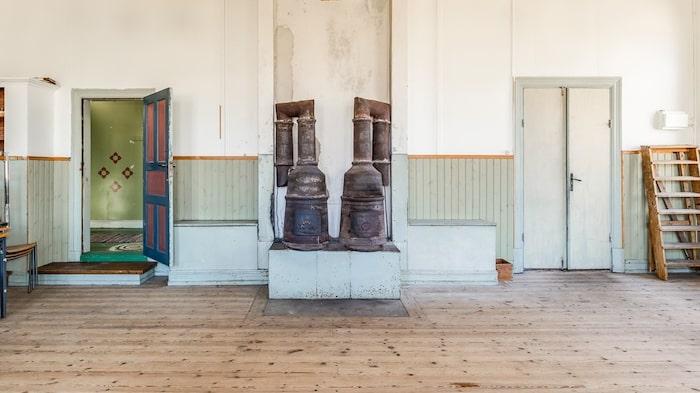Här finns vackra gamla trägolv.