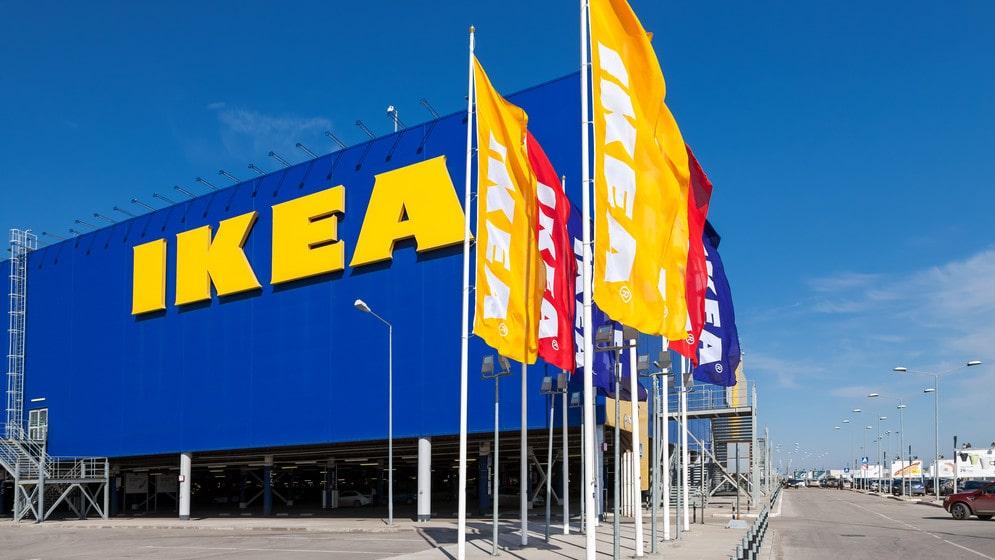 Lagom till Black Friday lanserar Ikea kampanjen Buy Back Friday och ett nytt digitalt verktyg för att värdera dina gamla Ikea-möbler.