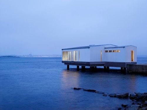 Skärgården är härlig även på vintern på Gullmarsstrand.