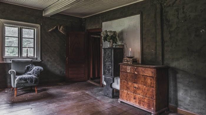 Huset är i behov av en helrenovering.