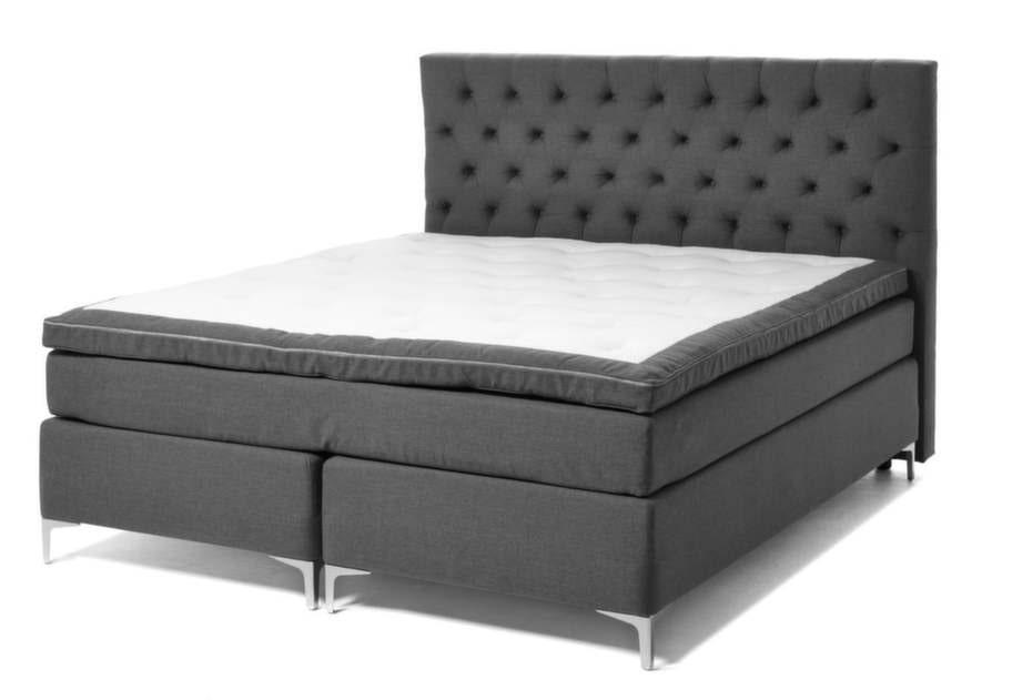 17. Sov gott. Kontinentalsäng Sleep med bäddmadrass och vinkelben, 14 995 kronor. Huvudgavel Sleep, tyg Bella grå, 180 centimeter, 3 995 kronor, Mio.