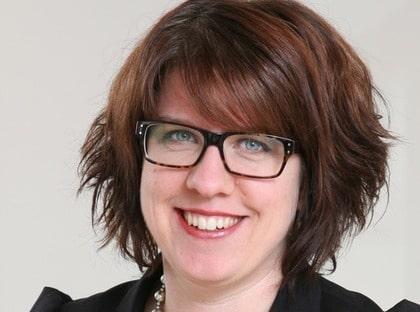 Maria Richardsson ligger bakom designmarknad på nätet med 180 formgivare.
