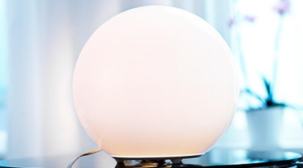 Fado bordslampa som den ser ut utan strumpa.