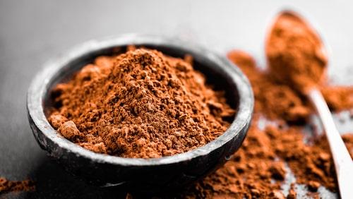 Gör egen mascara på helt vanlig kakao.