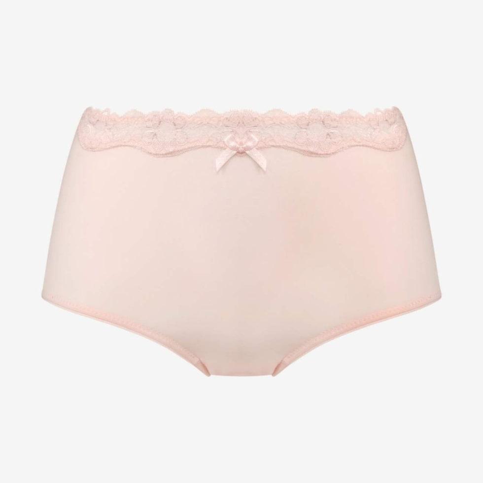 MAGFIXARE. Rosa trosa i highpantsmodell som håller in magen. Finns i flera färger, 149 kronor, Åhléns.