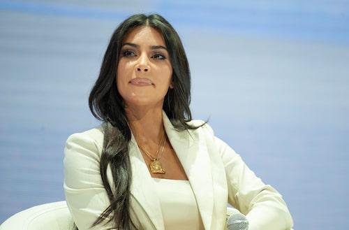 Kim Kardashian blev medlem på en nattflygning.