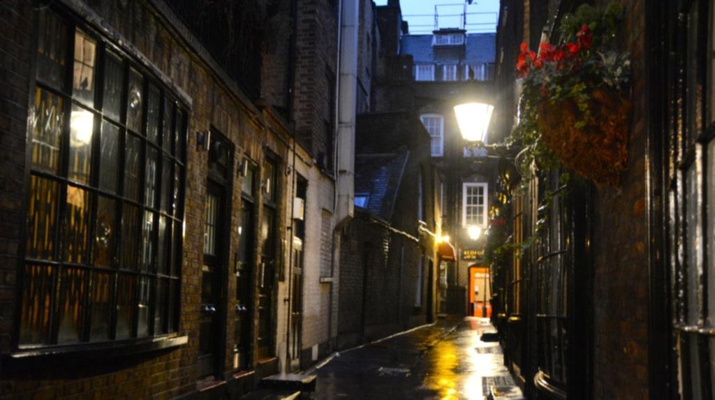 <p>Gå en guidad tur i London i Harry Potters fotspår.</p>