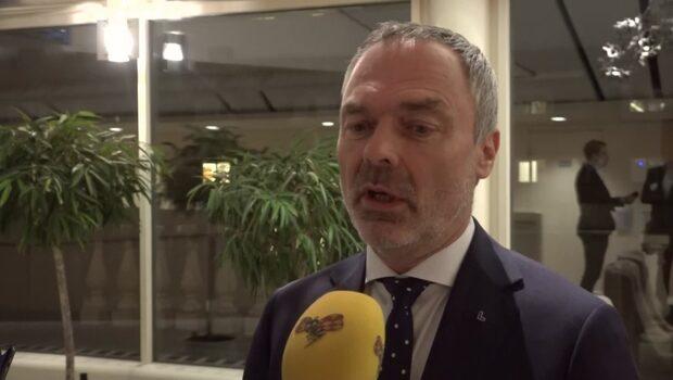 """Björklund (L) efter budgetbeskedet: """"Antar att Löfven röstas ned"""""""