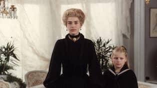 Fanny Och Alexander Pernilla Wahlgren