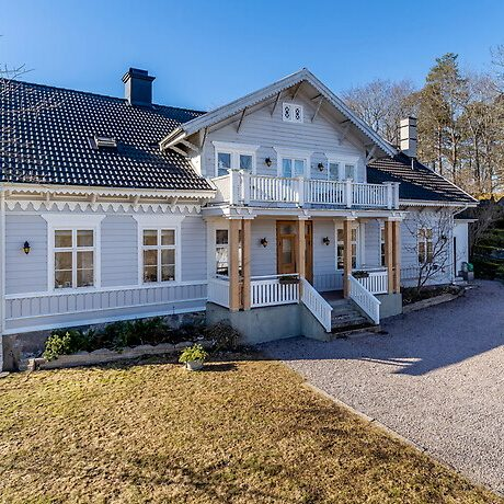 Charmig gammal prästgård i Västervik.