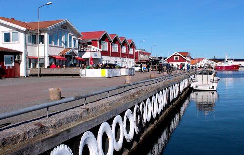 Vids besök på Hönö bör du förstås också äta brödet som bär dess namn, hönökakan!