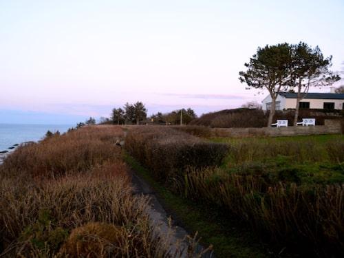 Gilleleje Badehotel ligger 80 meter från stranden.
