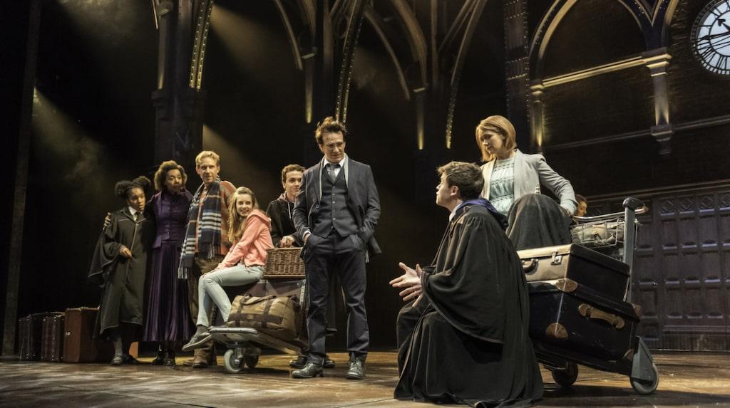 """Teaterpjäsen """"Harry Potter and the cursed child"""" har hyllats stort."""