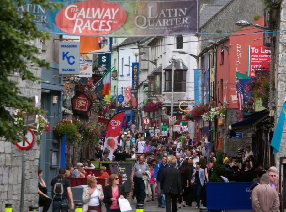 Irländska Galway city är i full gång att förbereda Galways ostronfestival som arrangeras nästa helg.