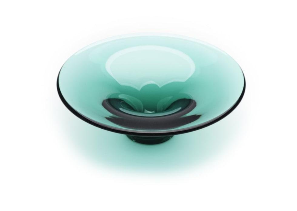 Oändlighet glasfat, 3 200 kr. Vikt: cirka 4,3 kg. Mått: Diameter ca 330 mm, höjd ca 125 mm.